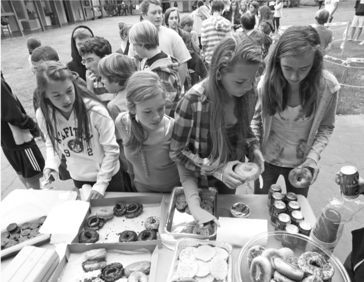 Students Raise Funds for Japan