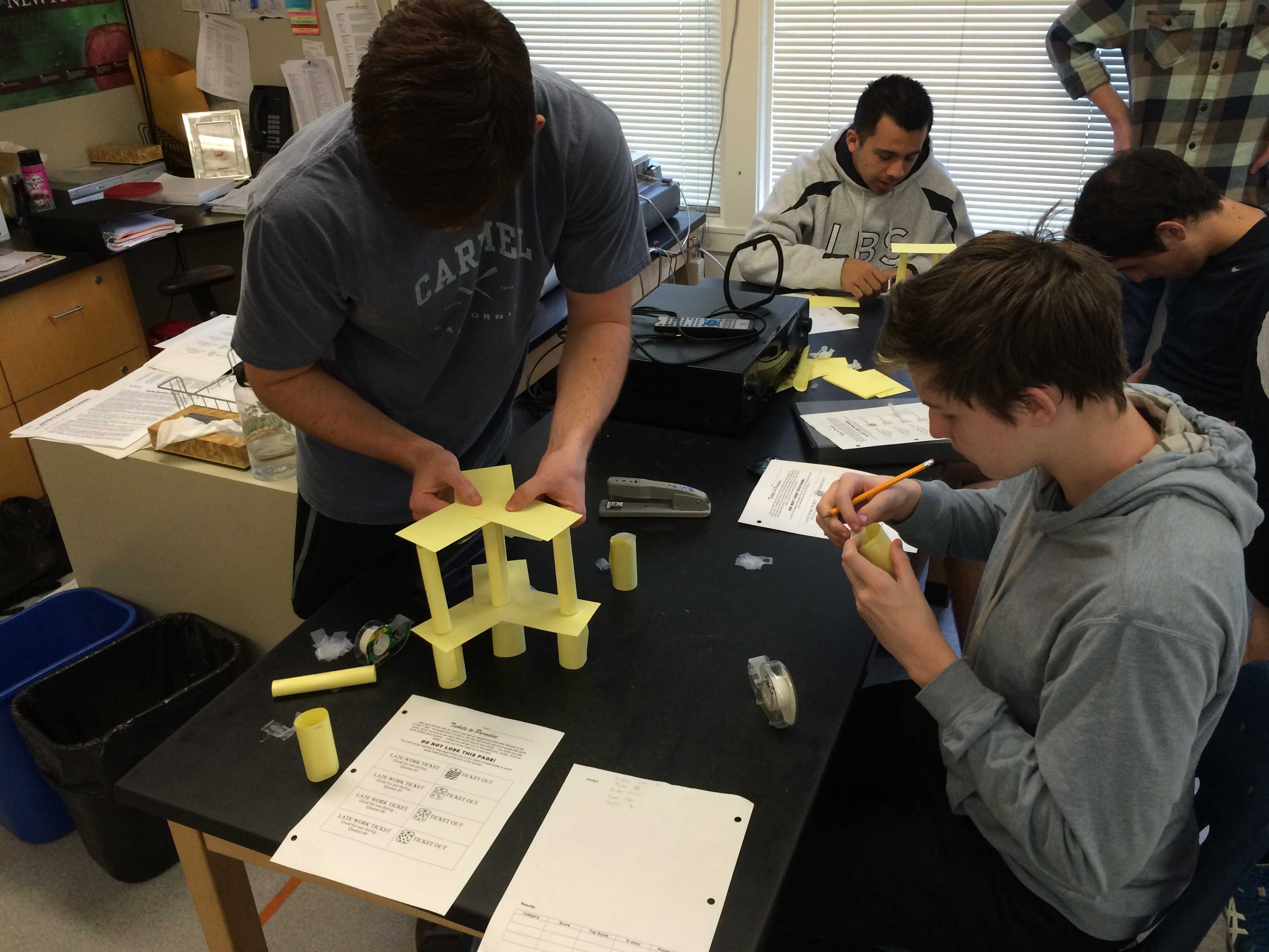 Building on the Curriculum: New Class Explores Engineering