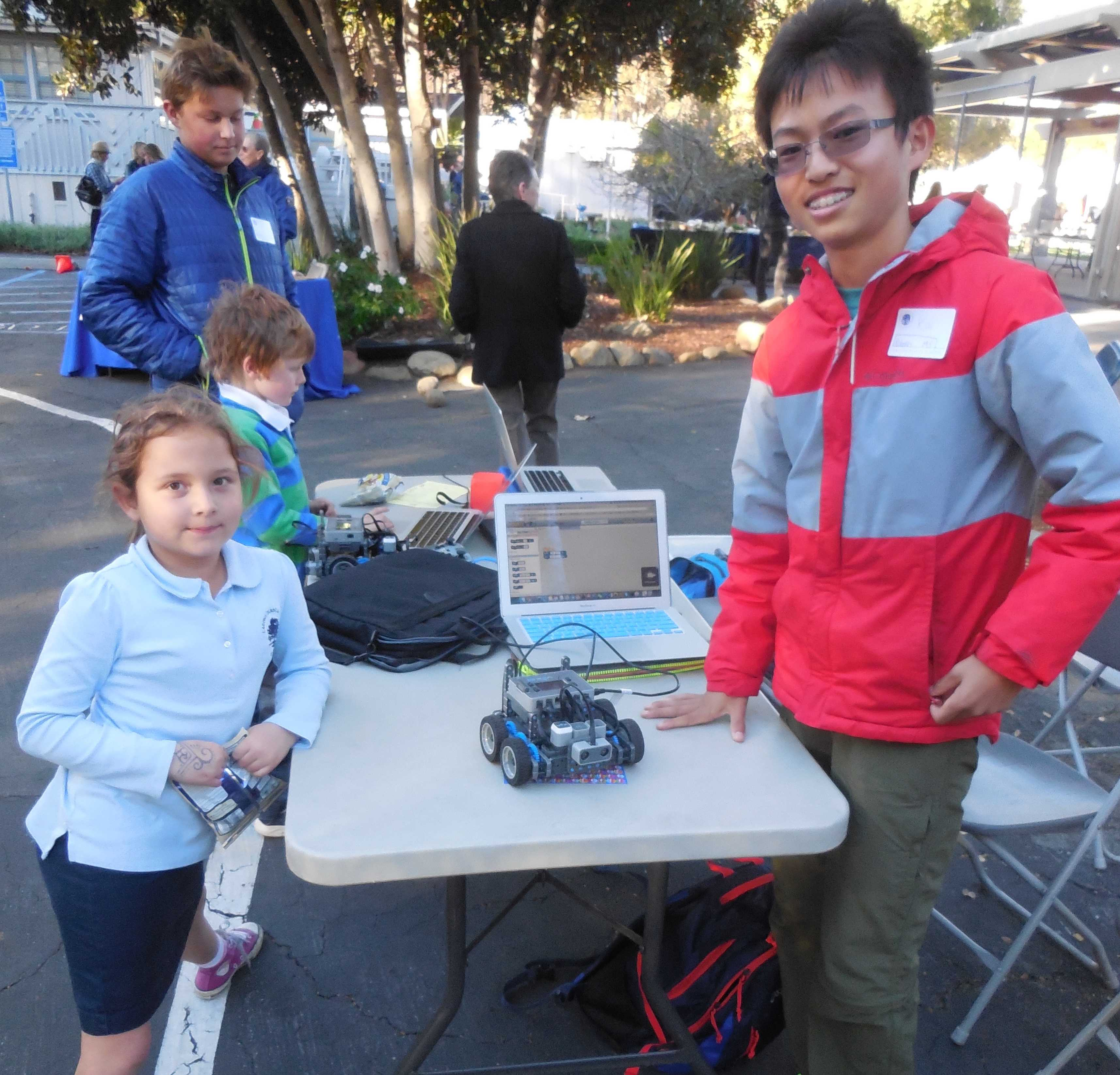 Lower School Family Science Discovery Event