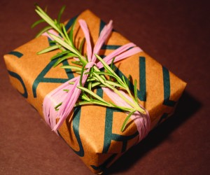 Holiday Wrapping on A Dime