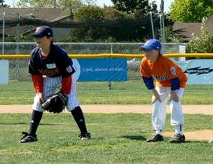 Volunteers Needed for Little League Season 2016!