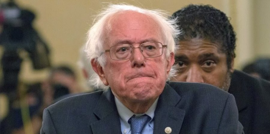 Sanders+Stoic+as+Democratic+Candidates+Old+and+New+Criticize+his+Campaign.